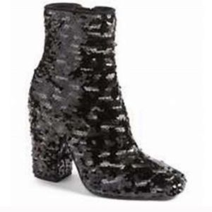 NEW IN BOX Kendall + Kylie Haedyn sequined boots